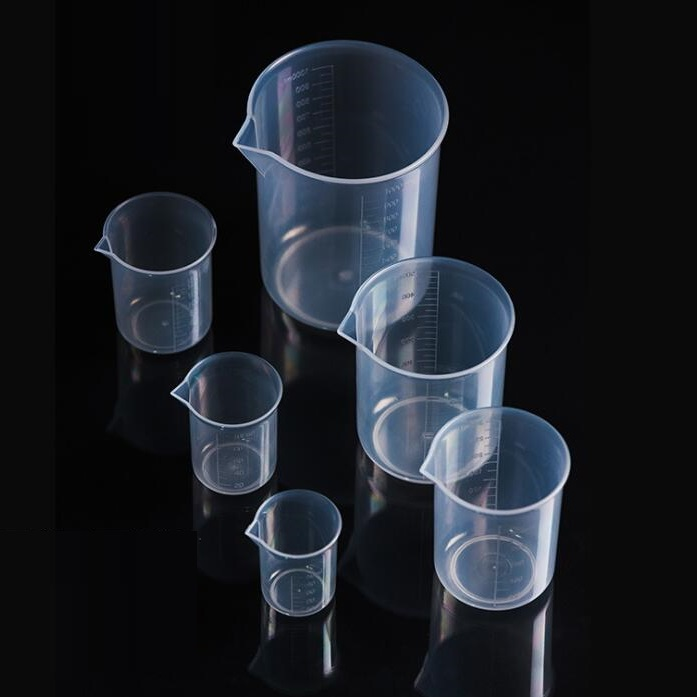 PP Plastic Beaker With Spout